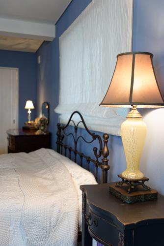 『ゴシップガール』ブレアの寝室をイメージしたお部屋、テーブルランプ